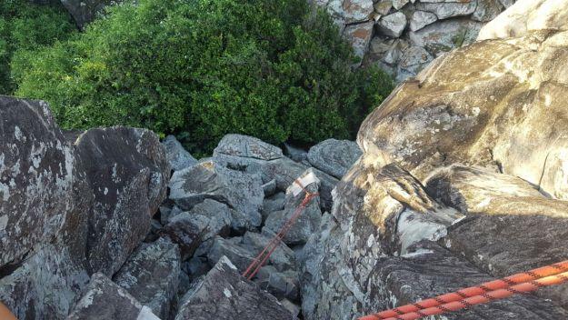 Trilha para Morro do Piquinho, em Fernando de Noronha. Foto: Rafael Rosas.