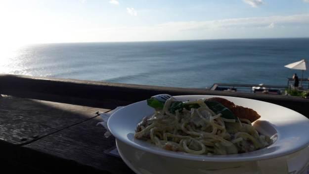 Comida e vista do Single Fin são incríveis. Foto: Marcelle Ribeiro