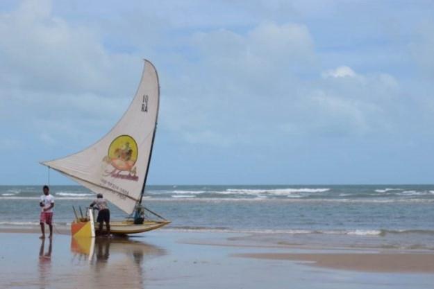 jangada em canoa quebrada passeio das 3 praias