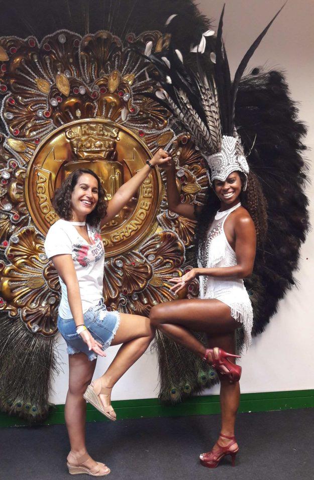 passista e blogueira na cidade do samba rj
