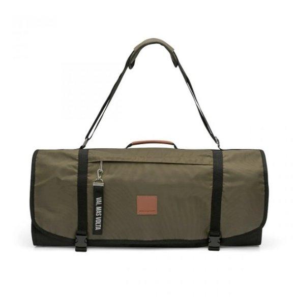 presentes para quem gosta de viajar mala de mão com cabideiro