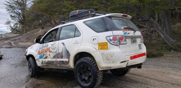 carro poça expedicao 4x4 ushuaia