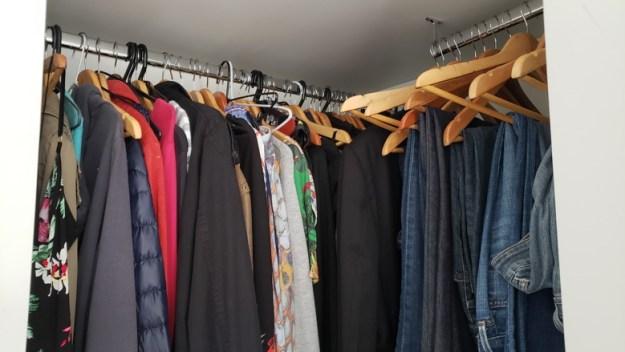 roupas armario consumo consciente