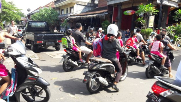 motos indonésia seguro viagem ásia