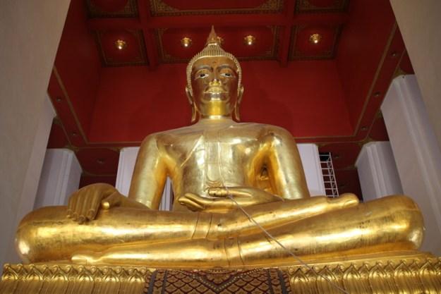 wat mongkhol ayutthaya