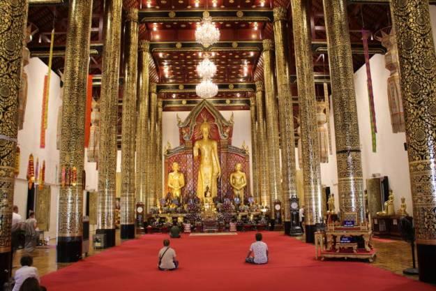 Wat Chedi Luang o que fazer em chiang mai