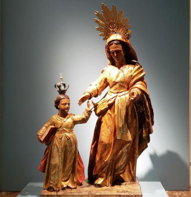 estátua nossa senhora menino jesus museu sant'ana