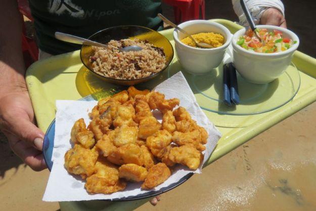 tatajuba almoço lago grande