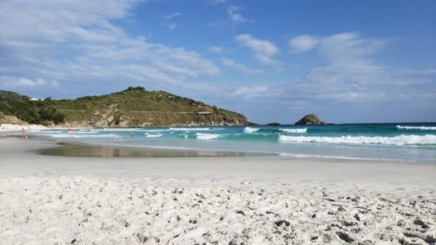 praia grande Quanto custa ir para Arraial do Cabo