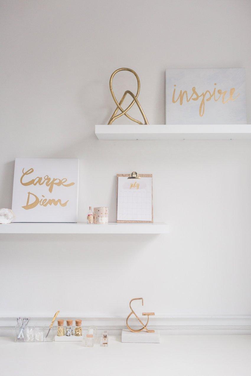 Inspirational White Desk Space - www.viciloves.com - @viciloves1