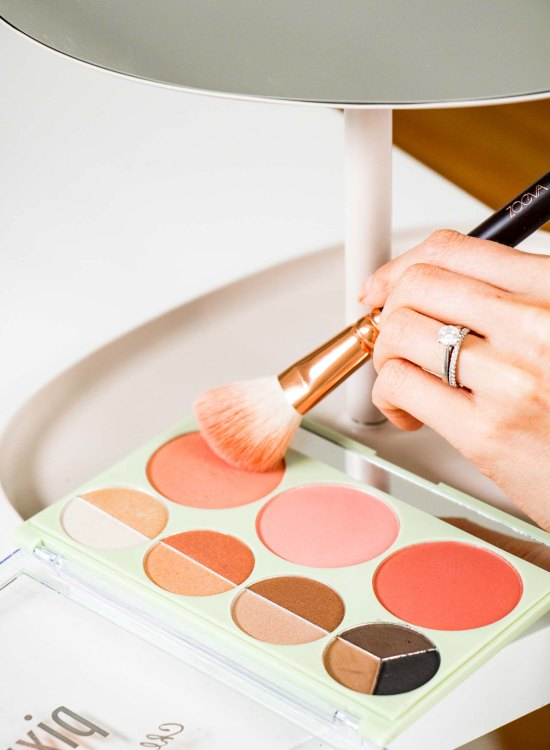 Pixi Chloe Morello Palette Review - www.viciloves.com - @viciloves1 | Pixi Chloe Morello Palette review featured by top US beauty blog, Viciloves