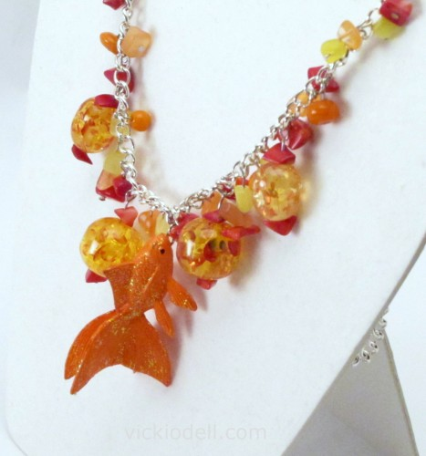 Goldfish Necklace with Krylon Glitter Blast