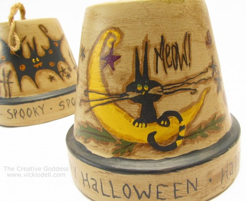 Halloween Crafts: A Trio of Clay Pot Bells for Halloween by @creativegoddess