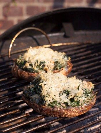 Vicky van Dijk | Portobellos gevuld met spinazie