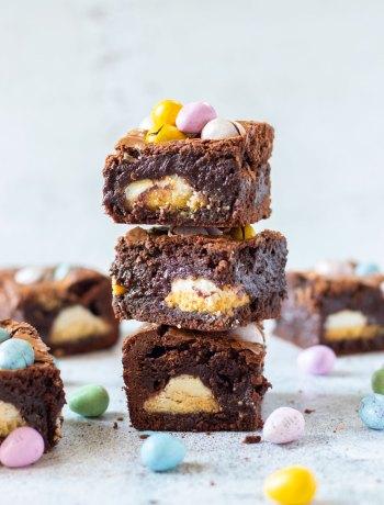 Brownie met paaseitjes & paas creme koekjes