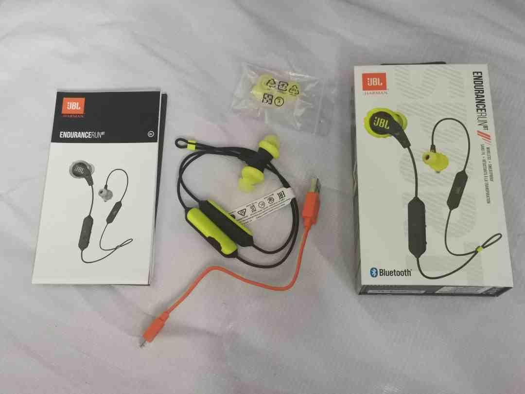 JBL Endurance Bluetooth earphone
