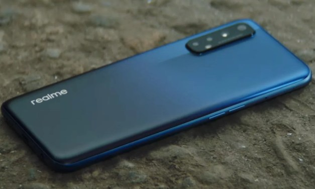 Realme 7 Pro features super AMOLED display & 64MP Sony IMX686 camera