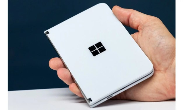 Microsoft Surface Duo First look design – Dual Display