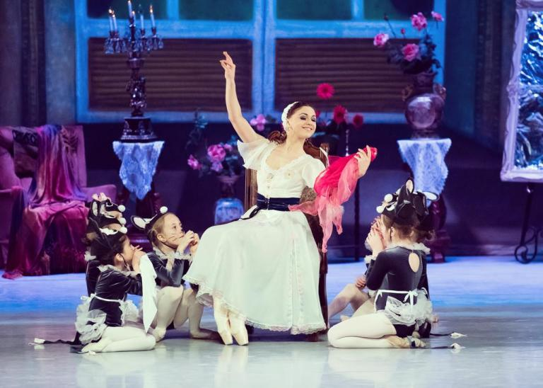 Cinderella Ballet by Victoria Ballet Company