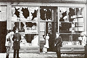 Japanese store front 1907