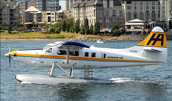 Harbour Air DHC-2 Vancouver Harbour Terminal - Picture of Harbour ...