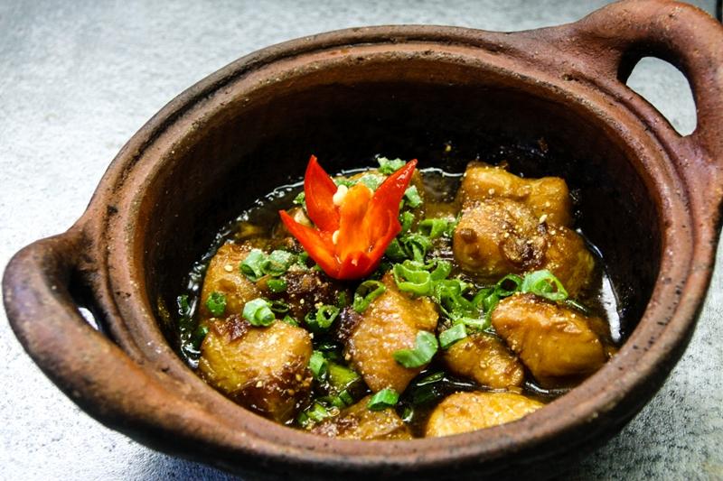 clay pot fish ideas Mekong Delta Kitchen: Caramelized Fish in Clay Pot Recipe