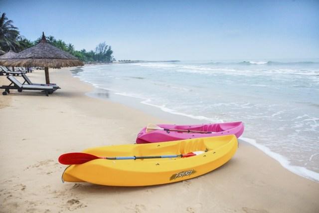 2015_VPT_Beach_Kayaking_Marcom (3)