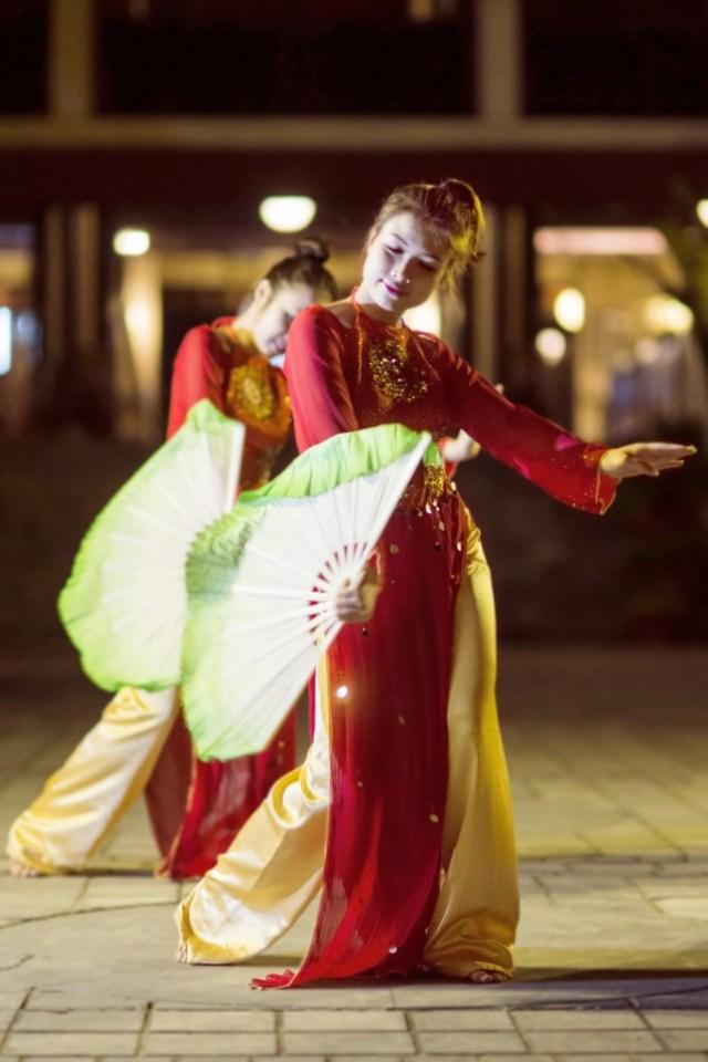 VHA_Dance 02_8x12cm