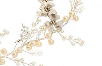 VICTORIA MILLESIME GD-H6-Trailing-Orchid-Floral-Pearl-Hair-vine