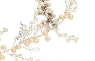 VICTORIA MILLESIME GD-H6-Trailing-Orchid-Floral-Pearl-Hair-vine