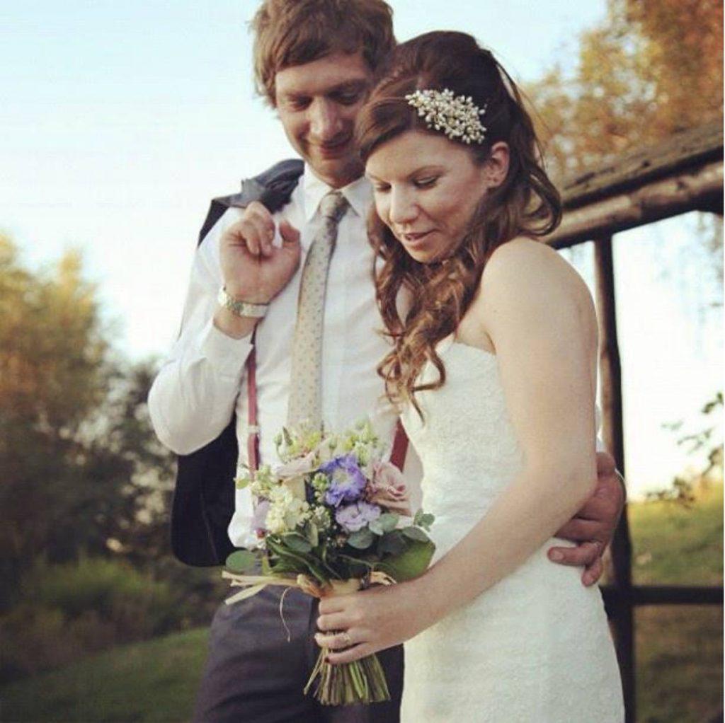 Shane-Pearl-Bridal-Side-Tiara-Real-Bride