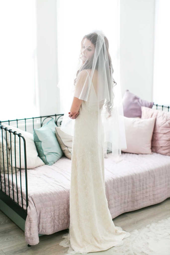 what is a two tier wedding veil?