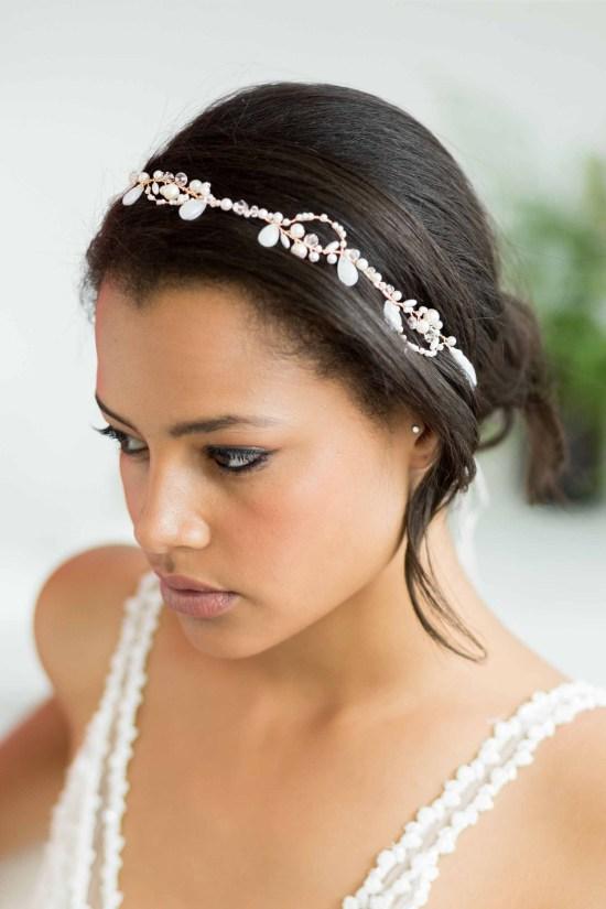 Ceilys-gold-droplet-wedding-hair-vine-