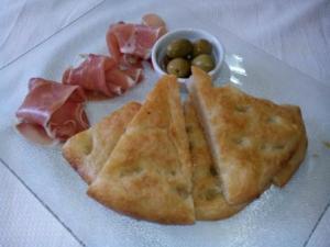 PAN DE ACEITE CASERO. Una receta sencilla para disfrutar de la cocina tradicional, de su sabor y su aroma a hogar. Una delicia.