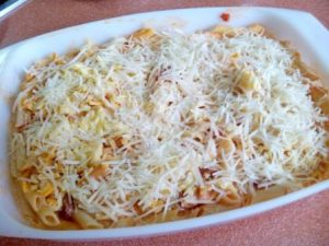MACARRONES AL HORNO. Una receta clásica que gusta a toda la familia. Gratinados al horno con un poco de queso. ¡Qué aroma y qué sabor!