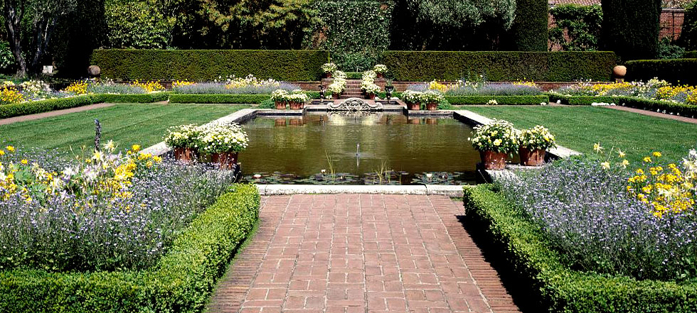 Landscaping Designs - 21 New Ideas for Landscaping (PHOTOS) on Landscape Pond Design id=23829
