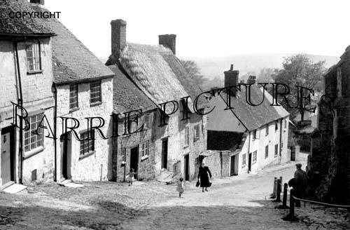 Shaftesbury, Gold Hill c1955