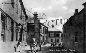 Mere, The Ship Hotel c1900