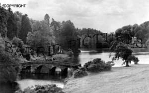 Stourhead, The Green Bridge and Pantheon