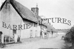 Milborne St Andrew, Village Pub c1910