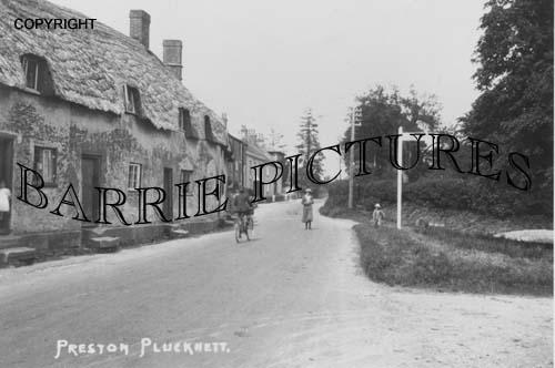 Preston Plucknett, Village c1920