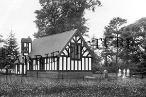 Kingstag, The Memorial Chapel c1930