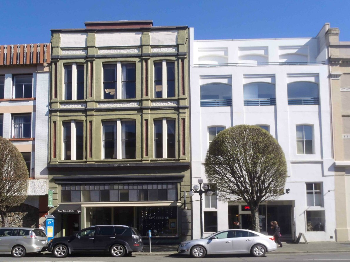 1407 Government Street (right), built in 1889, and 1411 Government Street (left), built in 1891.