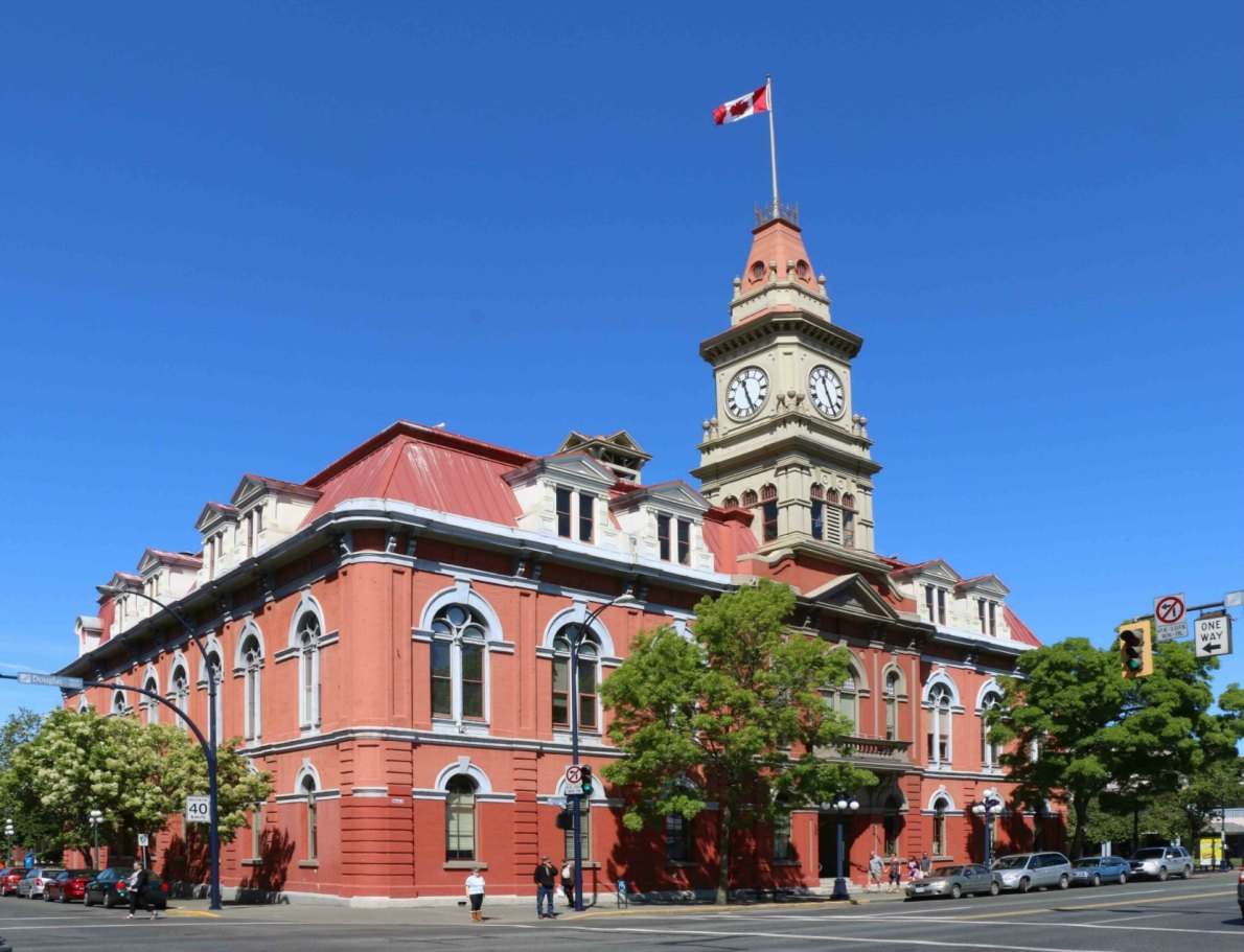 Victoria City Hall, 1 Centennial Square, Douglas Street at Pandora Avenue (photo by Victoria Online Sightseeing Tours)