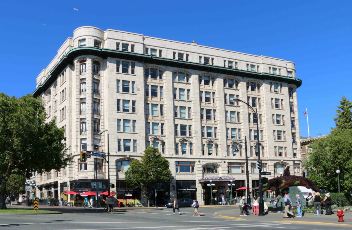 The Belmont Building, 801-807 Government Street / 600-620 Humboldt Street. Built in 1912. (photo by Victoria Online Sightseeing Tours)