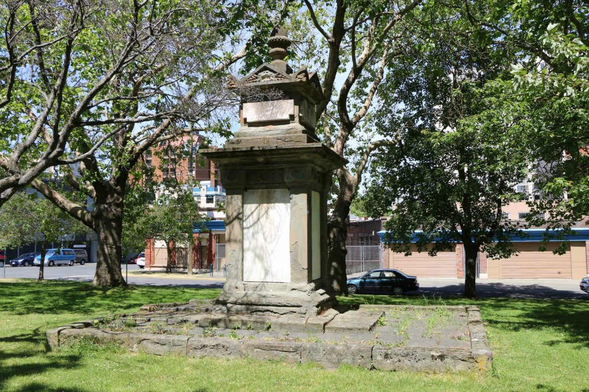The grave of Thomas Pritchard, Pioneer Square (photo by Victoria Online Sightseeing Tours)