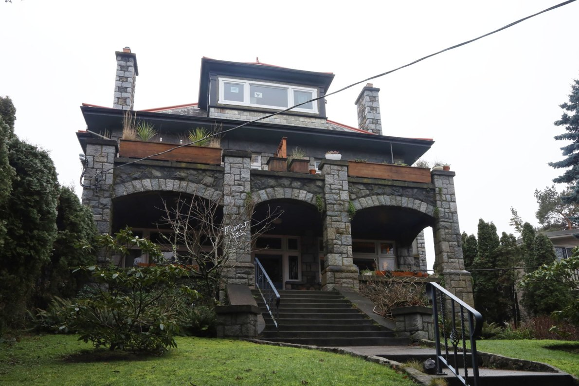 1385 Manor Road, in Victoria's Rockland district, was built in 1913 (photo: Victoria Online Sightseeing)