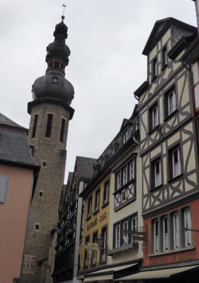Narrow streets, timber slats on walls and a minaret instead of a steeple