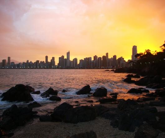 Vista de BC da Praia dos Amores