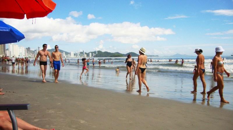 Vista da praia principal de Balneário Camboriú